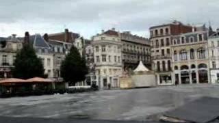 la place du centre ville de Saint-quentin