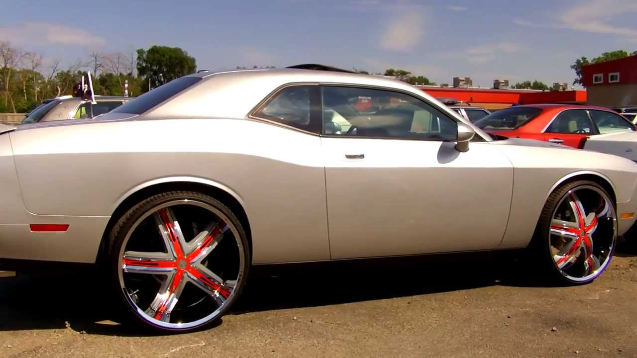 Dodge Challenger On 24 S Youtube