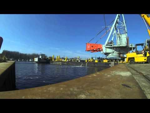 Kenz Crane Services Loading 300T pedestal crane for Seafox 4