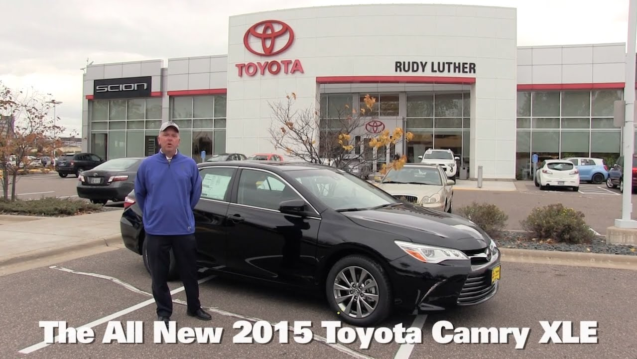 the all new 2015 toyota camry xle v6 minneapolis st paul golden valley brooklyn park mn walk. Black Bedroom Furniture Sets. Home Design Ideas