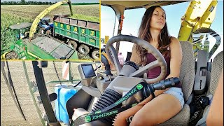 Big Corn Silage Smržice - Girl + J...