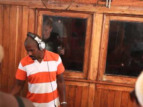 Larry Heard aka Mr Fingers  at Suncebeat 2010  The Boat party