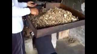 Kerja Mesin Penghancur Ikan Kering Menjadi Tepung |  085.330.289.449