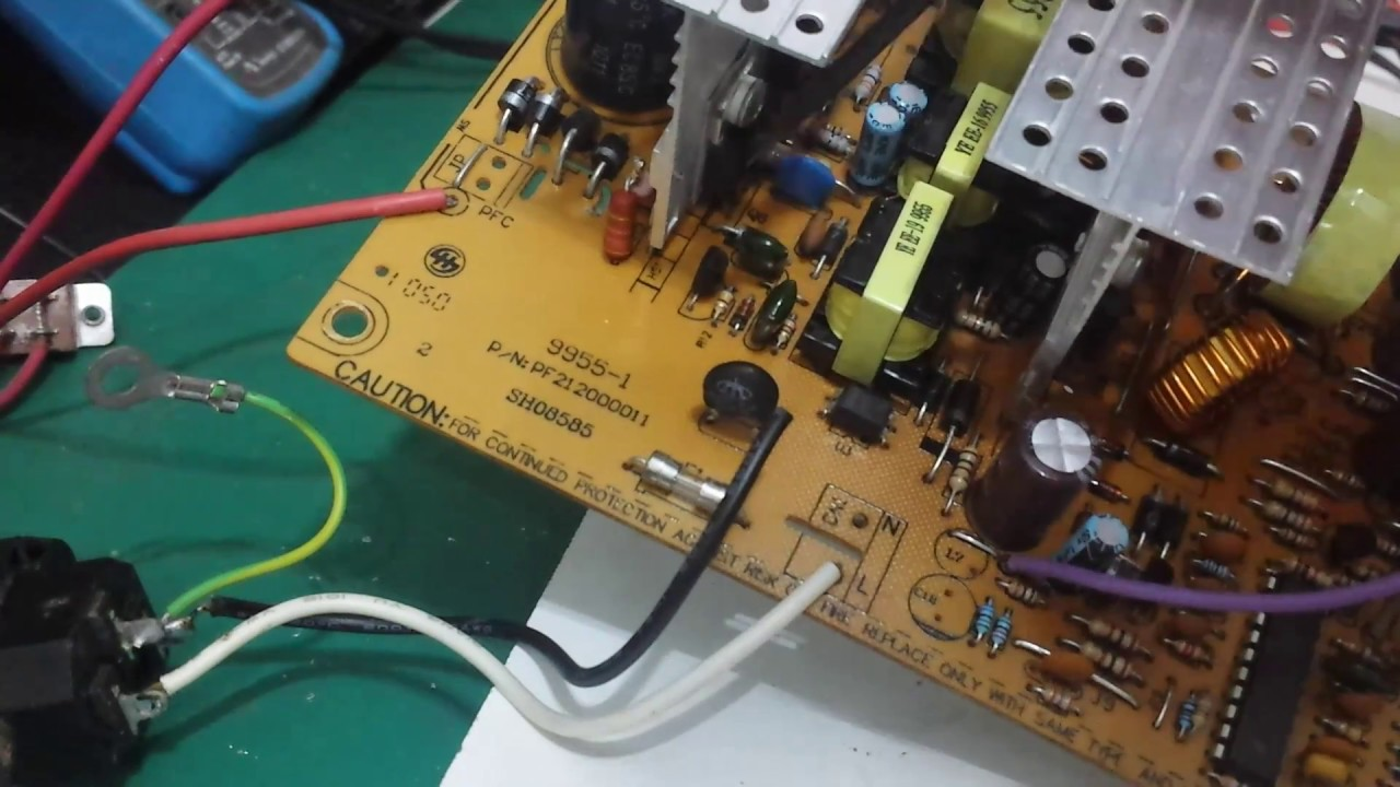 Vox Circuit False Triggers When Touched as well 555 in addition Led Strobe further Circuit Power Audio  lifier With Tda2030 2 1 further Electric Field Of A Spherical Capacitor. on 33k resistor
