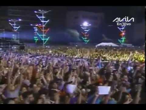 """30 mil personas cantan """"Chavez Corazón del Pueblo"""" con Omar Enrique en el Suena Caracas"""