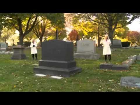 Real ghost vrai fantome dans un cimeti re hd youtube for Fantome dans un miroir