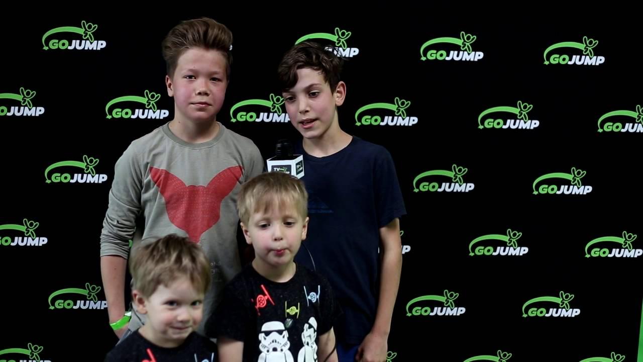 Wiktor, Tymon wraz z małym Wiktorem i Teodorem #gojumpwro