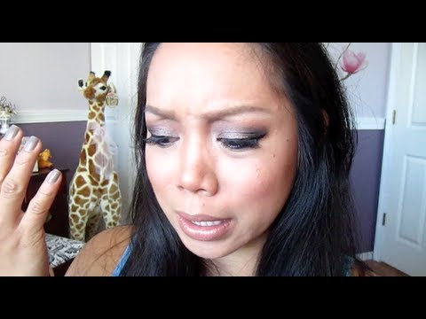 UNCONTROLLABLE STRETCH MARKS :( – October 08, 2012 -itsJudysLife Vlog