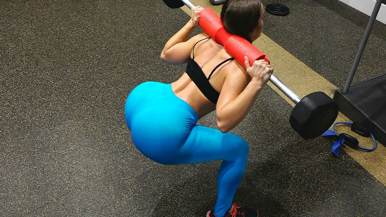 grow a big booty with gym equipment / full booty workout squat
