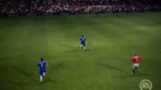 Paul Scholes salva el gol en el area