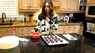 Cooking With X7 Madi - Episode 7 (My attempt at Cake Pops)