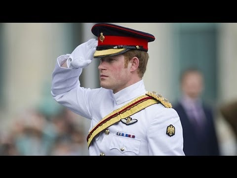 Prince Harry pays tribute to Estonian troops