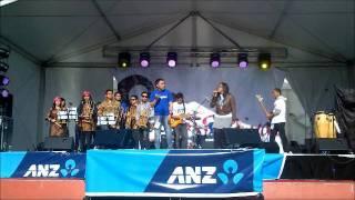 Sixcomelinked - Festival Indonesia 2011 - Angklung - Slank Piss