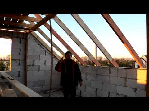 видео: Мансарда Крыша, Установил стропила, Монтаж стропильной системы