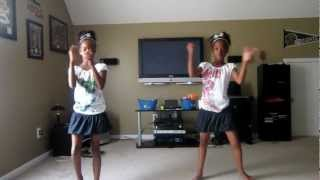 twins dancing to wide awake by katy perry