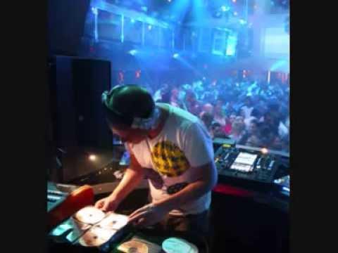DJ Oscar G - The First Tribal Feeling (Tribal House)