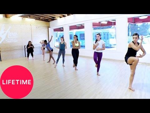 Download Dance Moms: Moms' Take: The Mini Addition (Season 7, Episode 4)   Lifetime