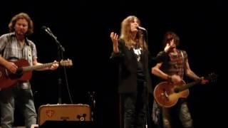 Dancing Barefoot Patti Smith with Eddie Vedder and Johnny Depp