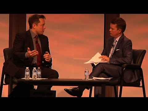 Elon Musk Weighs In on Franchise Dealers