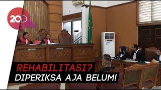 Hakim Marah Tim Pengacara Tio Pakusadewo Minta Rehab