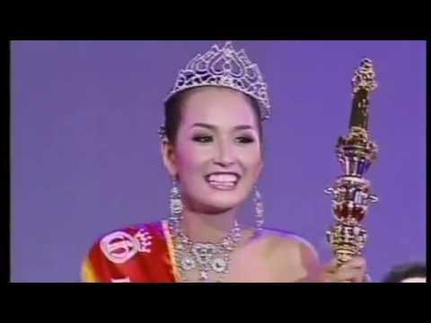 Giây phút đăng quang của các hoa hậu Việt Nam