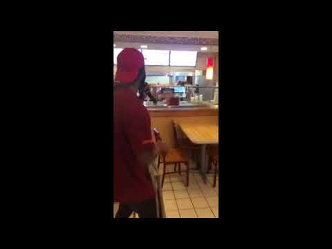 Kansas City man 'quits' job at Popeye's by singing. 😂😂😂 || S.Y.A.D.