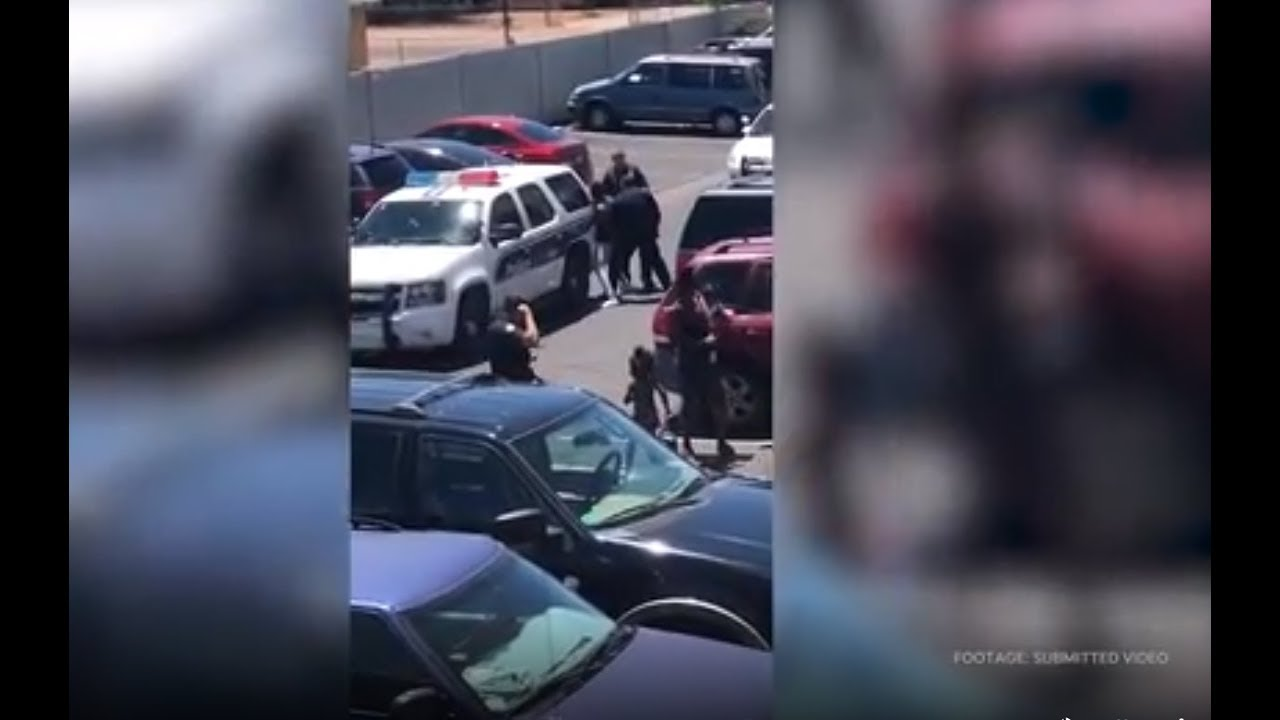 Phoenix Cops TERR0RIZE a Pregnant Mom Because her Daughter Accidentally Stole a cheap toy
