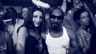 "Snoop Dogg is taking Serious Pimp Worldwide in his New Video - ""That"