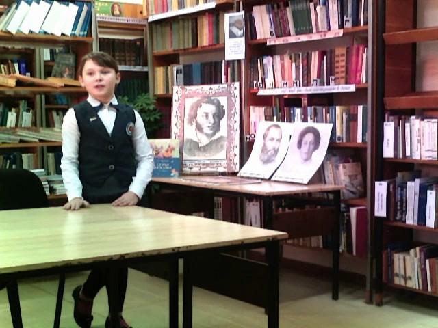 Изображение предпросмотра прочтения – МарияКартышкова читает произведение «Зимний вечер» А.С.Пушкина