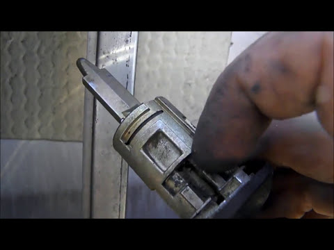 вскрыть замок ? легко СПБ http://otkrivashkaspb.ru/ - YouTube