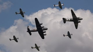 RAF BBMF 'Trenchard Plus' Formation Full Display @ RIAT 2018 - AWESOME SIGHT & SOUND !!!