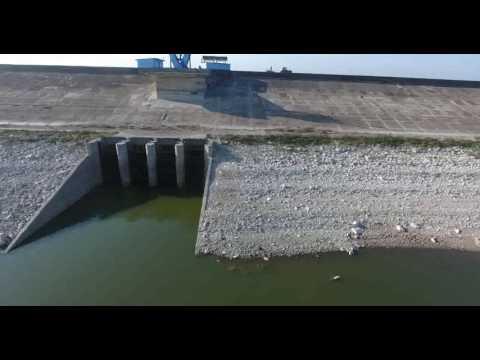 Estragos de la sequía en la presa Zaza de Sancti Spíritus