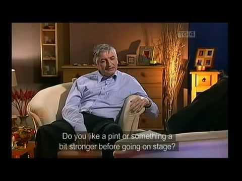 Máirtín Mac Donnacha   Comhrá    Ráth Cairn, filíocht, damhsa, TG4,2004