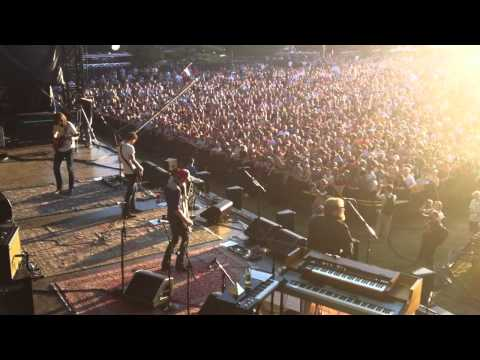 Band of Horses - ACL Festival - 10/10/10 - Is There A Ghost