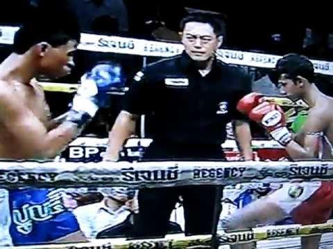 Muay Thai - Ch7.com  Oct 2011