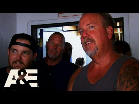 Storage Wars: Darrell's Dangerous Laser (Season 9, Episode 8) | A&E