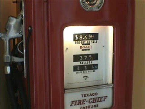 Bennett 766 Vintage Gas Pump