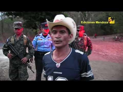 Don Abrahan Zuniga y la policía hacen su presentación fin de cumpleaños - Ediciones Mendoza