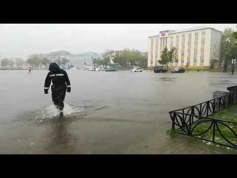 Тайфун Jebi залил город Поронайск на Сахалине