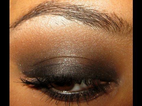 Dramatic Black Smoky Eye For Brown Eyes