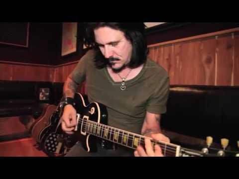 Guns N' Roses – Gilby Clarke Jamming
