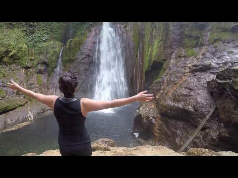 Deaf Travel Panama/Costa Rica Walking
