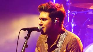 Video Niall Horan- Drag Me Down & Slow Hands - Manchester download MP3, 3GP, MP4, WEBM, AVI, FLV Juli 2018