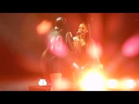 Ariana Grande & Jessie J- Bang Bang (Jingle Ball 2014)
