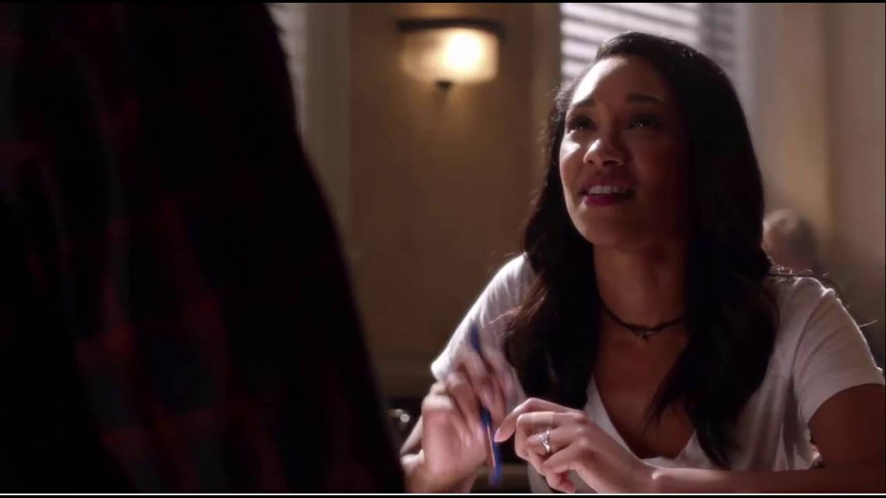 Download The Flash S03E01   Barry Speaks With Iris Clip-2