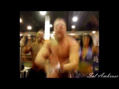 WWE 'Everybody Dance Now'