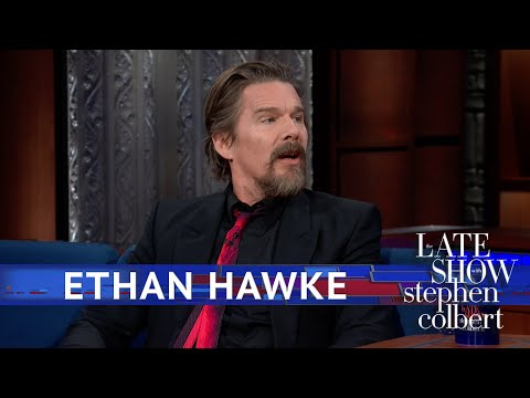 Ethan Hawke Got A Rave Review In The Bathroom