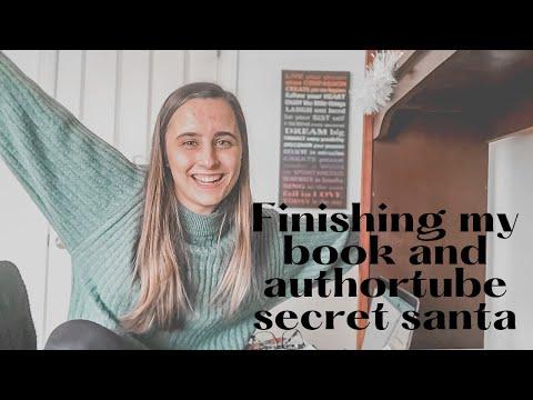 Writing Vlog ❄ authortube secret santa and finishing my novel