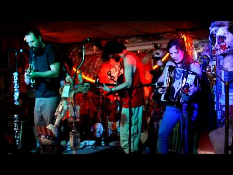 "The Bloodroots Barter ""Boil the cabbage down"" Live @ The Empty Glass 3-2-12"