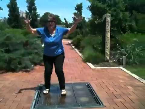 Dancing Chimes - Pam